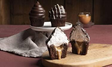 Hi-hat cupcakes από τον Άκη Πετρετζίκη