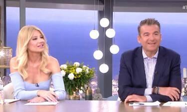 Η σικ εμφάνιση της Σκορδά με mini dress και τα απίστευτα σχόλια του Λιάγκα – Άναυδη η παρουσιάστρια
