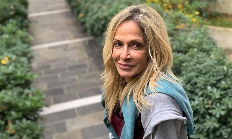 Βίσση: Έκανε Live τα μεσάνυχτα στο instagram και μίλησε με τη Σοφία Καρβέλα στη Νέα Υόρκη