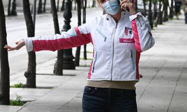 Παρουσιάστρια κεντρικού δελτίου ειδήσεων πέταξε το... ταγιέρ και έφυγε για τρέξιμο!