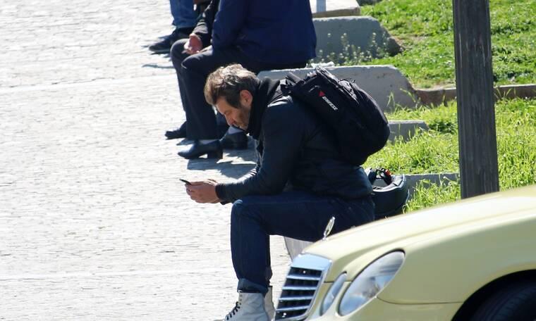 Γιάννης Στάνκογλου: Το ανατρεπτικό look του ηθοποιού και το μποτάκι που λατρέψαμε!