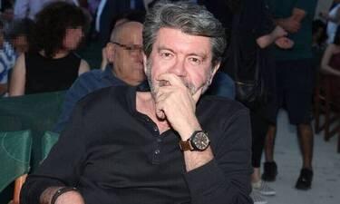 Γιάννης Λάτσιος: Η φωτό από τα φοιτητικά χρόνια, το μουστάκι και η ομοιότητα με τον γιο του, Άγγελο