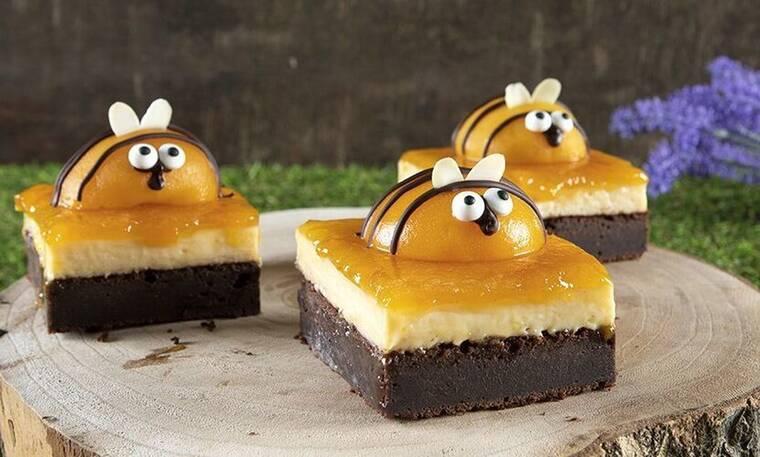 Γλυκό ψυγείου μελισσούλες από τον Άκη Πετρετζίκη