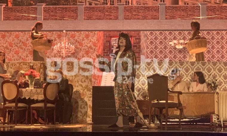 YFSF All Star: Ο Κρατερός Κατσούλης, η Άννα Παναγιωταρέα και τα...κοινόχρηστα