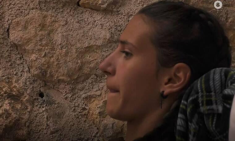 Η Φάρμα: «Λύγισε» η Μαρία η αγρότισσα - Τα κλάματα στο κρεβάτι της