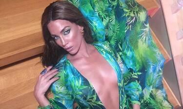 Η «Grande» Στικούδη με το θρυλικό Versace φόρεμα στο νέο της βίντεο κλιπ με τους KINGS & KG