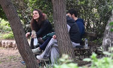 Ιωάννα Τριανταφυλλίδου: Σπάνια δημόσια εμφάνιση για την ηθοποιό – Με φίλους στο Ζάππειο