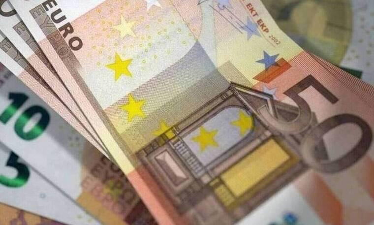 Δώρο Πάσχα 2021: Σε δύο δόσεις πληρώνονται οι εργαζόμενοι σε αναστολή - Δείτε ΕΔΩ το ποσό