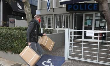 Βαλάντης: Γιατί βρέθηκε στο Αστυνομικό Τμήμα της Γλυφάδας; (Photo)