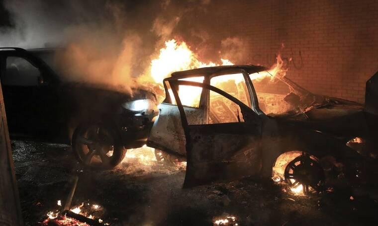 Ζωντανεύουν εφιάλτες για «έκρηξη» βίας στη Βόρεια Ιρλανδία: Βαθιά ανησυχία σε Λονδίνο και Δουβλίνο