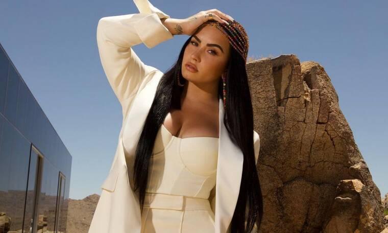 Demi Lovato: Το post με μαγιό που έκανε το Instagram να παραλύσει (video)