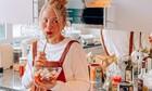 Η Μαρία Ηλιάκη με φουσκωμένη κοιλίτσα, ποζάρει έτσι όπως δεν φαντάζεσαι