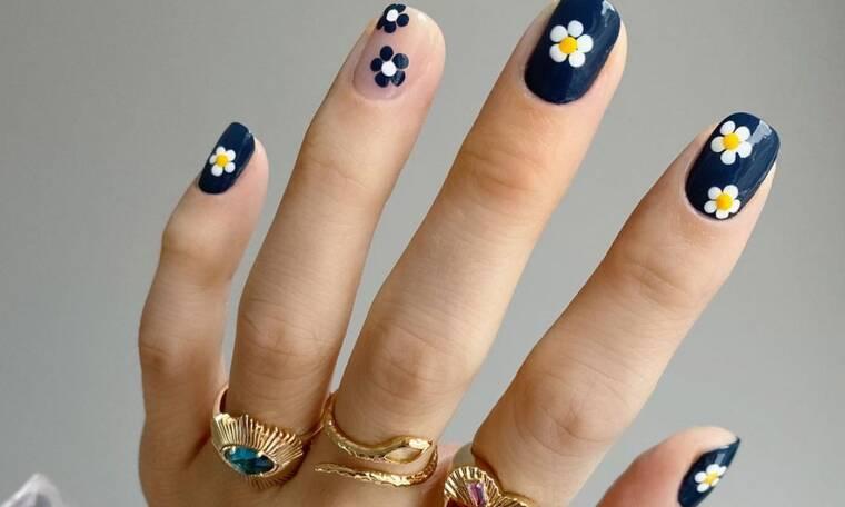 Wednesday nailspiration: 20 πασχαλινά nail art για να διαλέξεις