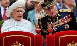 Πώς θα βλέπουμε τη βασίλισσα Ελισάβετ στις δημόσιες εμφανίσεις της ως χήρα