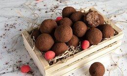 Τρουφάκια με πασχαλινά κουλουράκια από τον Ακη Πετρετζίκη