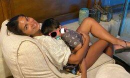 Σταματίνα Τσιμτσιλή: O γιος της τρώει κι εκείνη ...σελφάρει