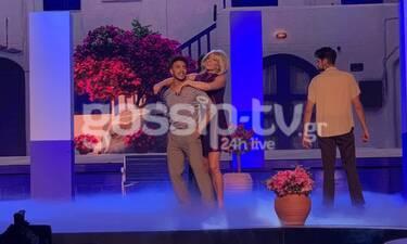 YFSF: Γοργόνες και Μάγκες στην σκηνή με την Κατερίνα Στικούδη ως Μαίρη Χρονοπούλου