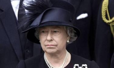 Βασίλισσα Ελισάβετ: Χωρίς το μαύρο βέλο της στην κηδεία του πρίγκιπα Φίλιππου