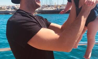 Έλληνας ηθοποιός θα γίνει μπαμπάς για δεύτερη φορά και μόλις το αποκάλυψε!