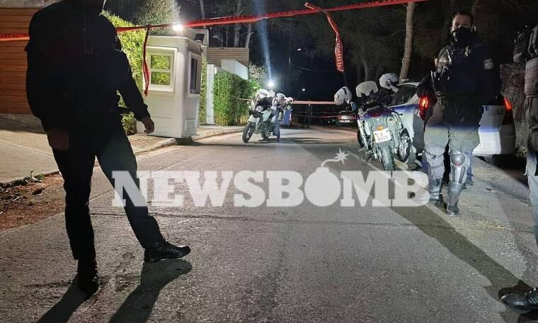 Μένιος Φουρθιώτης: Θρίλερ στο σπίτι του - Κατήγγειλε πυροβολισμούς
