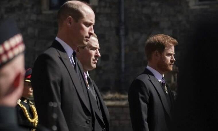 Πρίγκιπας Φίλιππος: Η αμήχανη στιγμή της επανένωσης Ουίλιαμ και Χάρι