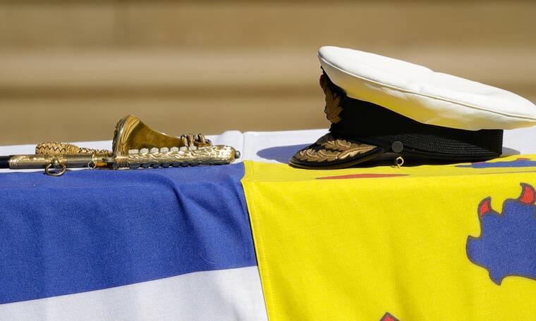 Το στέμμα θρηνεί: Έτσι είπαν το τελευταίο αντίο στον πρίγκιπα Φίλιππο