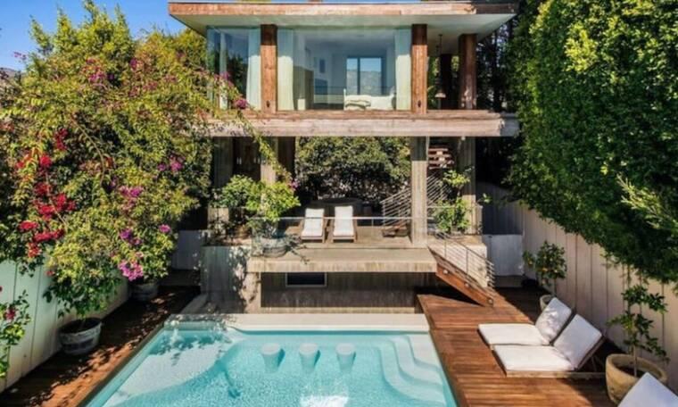 Έχεις δει το σπίτι της Pamela Anderson στο Malibu; Η πολυτέλειά του εντυπωσιάζει