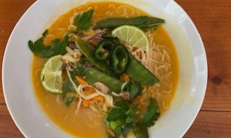 Γράφει η Majenco για το Queen.gr: Συνταγή για Healthy Vegan Curry Ramen Noodles