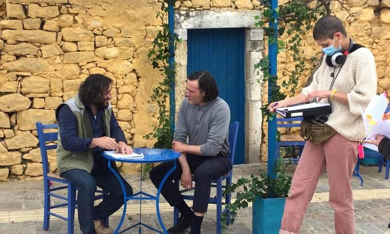 Καρτ ποστάλ: Με Χαραλαμπόπουλο και Κωνσταντίνου συνεχίζονται στην Κρήτη τα γυρίσματα