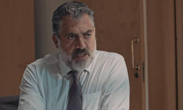 8 λέξεις: Ο Μιλτιάδης λέει στην Κατερίνα ότι ο Άλκης είναι γιος του