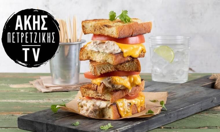Tuna melt sandwich από τον Άκη Πετρετζίκη