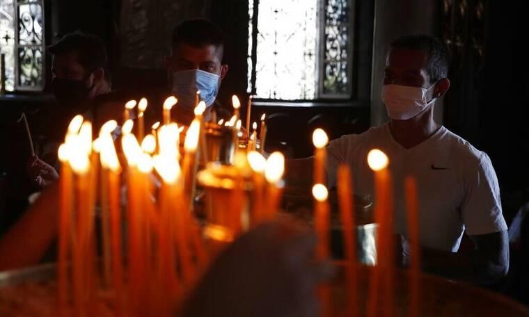 «Κλείδωσε» το Πάσχα: Έτσι θα γιορτάσουμε - Τι ώρα θα γίνουν Επιτάφιος, Ανάσταση - Πού θα ψήσουμε