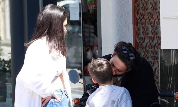 Γιώργος Καράβας: Σπάνια εμφάνιση με την κούκλα σύζυγό του και τα παιδιά τους - Θα ξετρελαθείς
