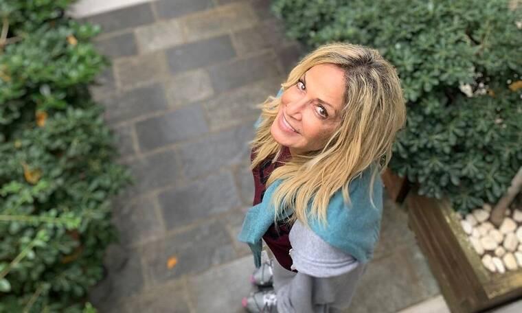 Άννα Βίσση: Απίστευτη αλλαγή! Τέλος τα ξανθά μαλλιά – Άλλος άνθρωπος με το νέο της look