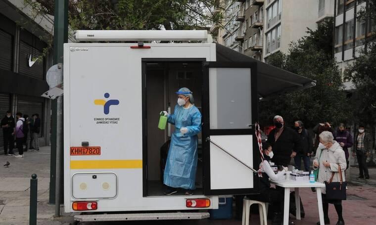 «Καμπανάκι» Τζανάκη στο Newsbomb.gr: Μετά το Πάσχα η ύφεση της πανδημίας αν τηρήσουμε όμως τα μέτρα