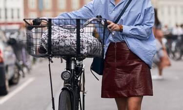 Οδηγός Αγοράς: 10 mini φούστες για αυτήν την εποχή που δεν φοράμε πια καλσόν
