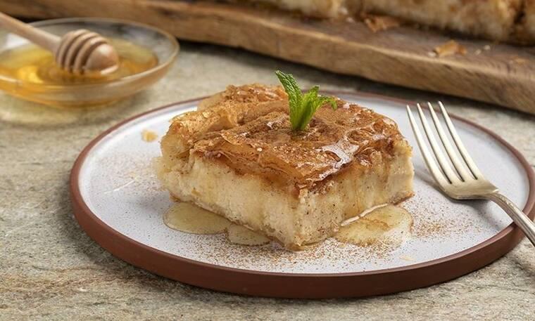 Γλυκιά τυρόπιτα από τον Άκη Πετρετζίκη για το γιορτινό τραπέζι!