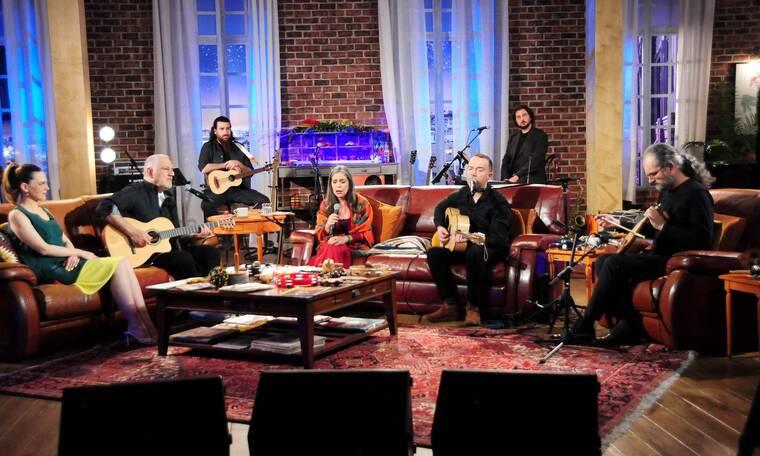 Γιαννάτου - Υφαντής με special guest τον Σωκράτη Σινόπουλο στο «Μουσικό Κουτί» της ΕΡΤ