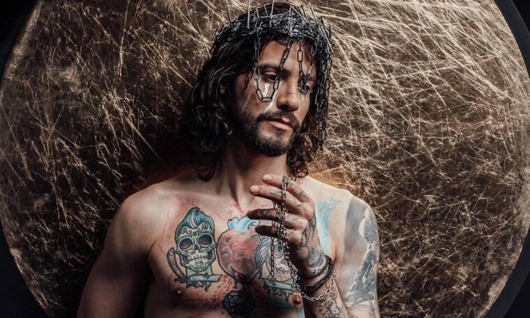 Αναστάσιος Ράμμος:Αντιδράσεις για την φωτογράφιση που τον δείχνει σαν Ιησού - Τι απαντά ο φωτογράφος