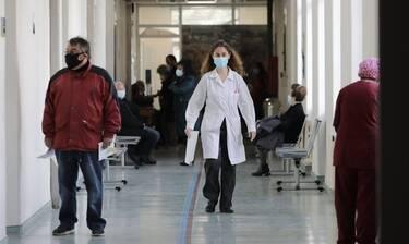Κρούσματα σήμερα: 2.146 νέα, 134 θάνατοι και 797 διασωληνωμένοι - Δεδομένα για δυο μέρες από ΕΟΔΥ
