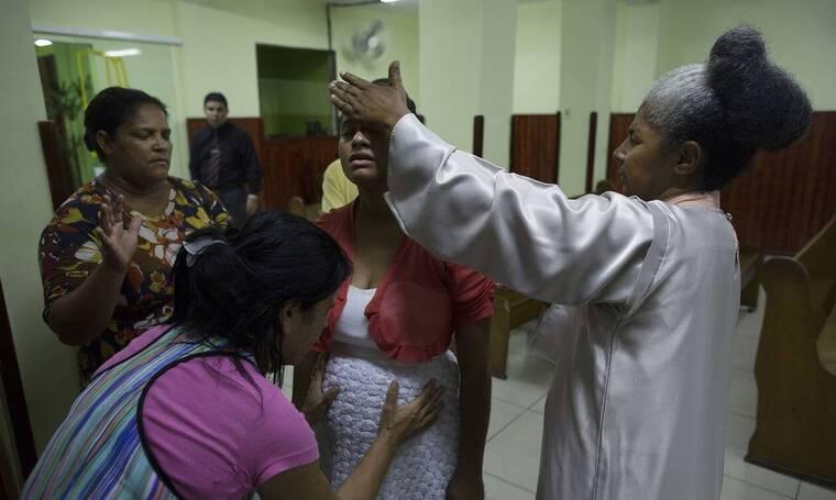 Κορονοϊός: Η Βραζιλία ζητά από τις γυναίκες να... αναβάλουν τις εγκυμοσύνες τους - Ρεκόρ θανάτων