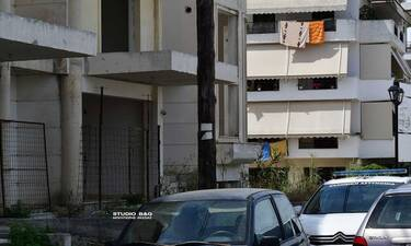 Θρίλερ στο Ναύπλιο: Πτώμα άντρα σε πυλωτή οικοδομής
