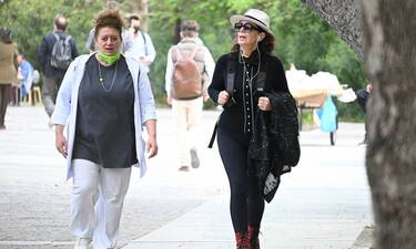 Aντουλινάκη-Διδασκάλου:Άφησαν το Διαφάνι και βγήκαν στην Αθήνα - Το καπέλο της Μυρσίνης μας τρέλανε!