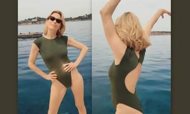 Βίκυ Καγιά: Χορεύει με το μαγιό της δίπλα στη θάλασσα και το βίντεο γίνεται viral!