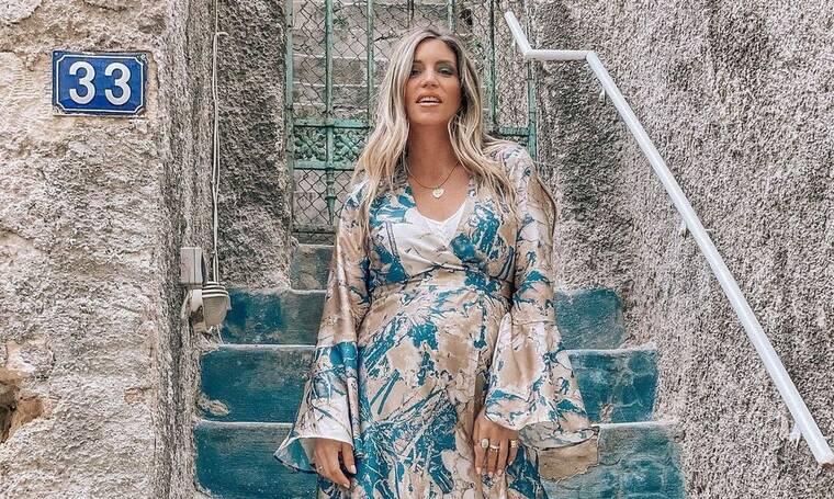 Οικονομάκου: Η πιο stylish εγκυμονούσα! Tα σύνολα εγκυμοσύνης που ζηλέψαμε όλες