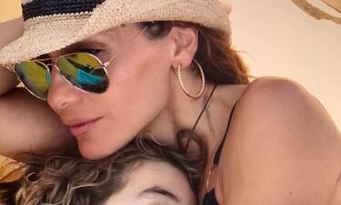 Δέσποινα Βανδή: Η σπάνια φωτογραφία με την κόρη της Μελίνα που δεν έχουμε ξαναδεί (photo)