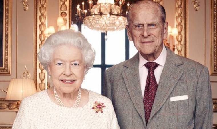 Βασίλισσα Ελισάβετ: Η πρώτη δημόσια εμφάνιση μετά την κηδεία του Φίλιππου-Το like της Meghan Markle