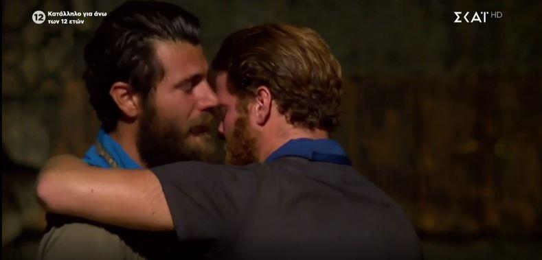 Survivor: Τι ψιθύρισε ο James στον Νίκο πριν αποχωρήσει από το ριάλιτι; (Photos & Videos)