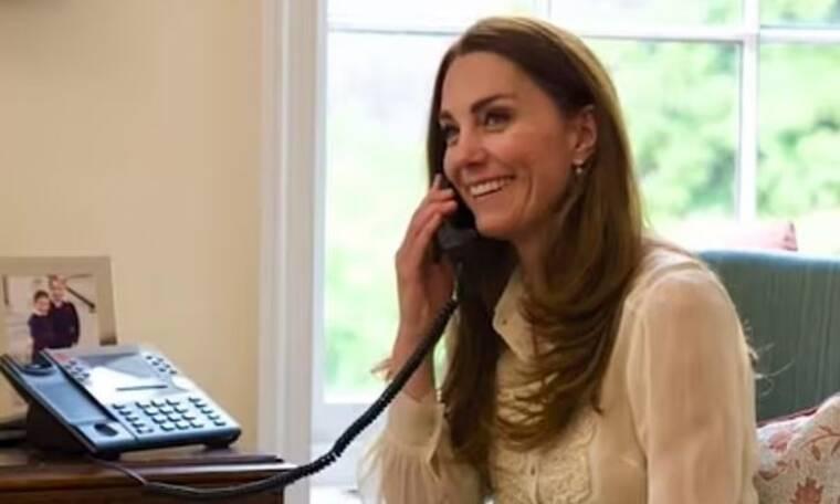 Kate Middleton: Φόρεσε μια μπλούζα ξανά, μετά από 11 χρόνια (photos)
