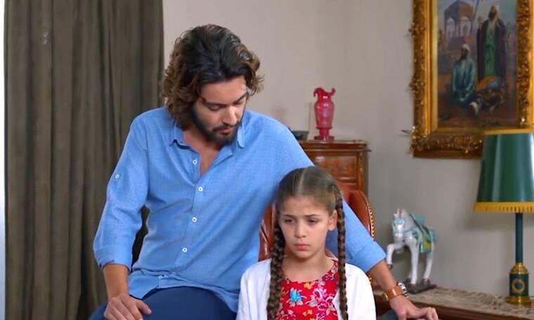 Elif: Ο Κερέμ κάνει την Ελίφ μοντέλο